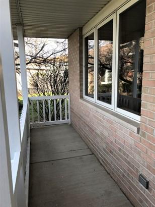 Split Level W/ Sub, Tri-Level - CRETE, IL (photo 4)