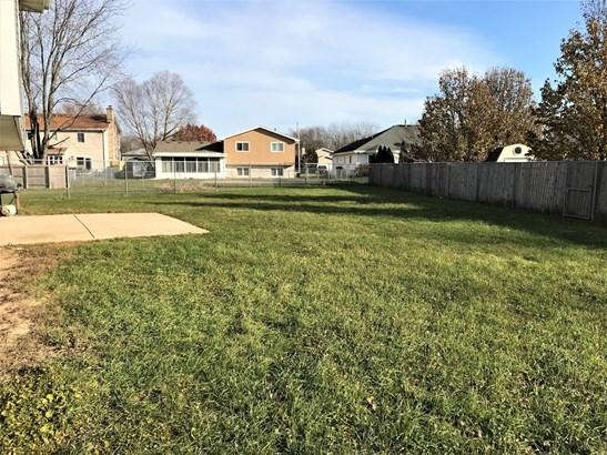 Split Level W/ Sub, Tri-Level - CRETE, IL (photo 5)