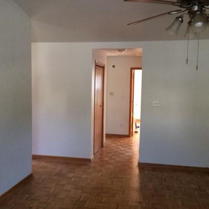 Condominium, Condo - Griffith, IN (photo 4)