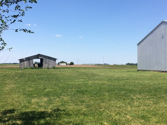 2 Stories - DONOVAN, IL (photo 5)