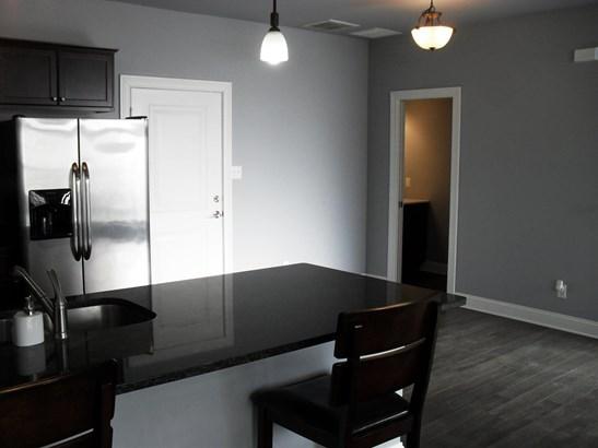 Twnhse/Half Duplex, Townhome - Schererville, IN (photo 3)