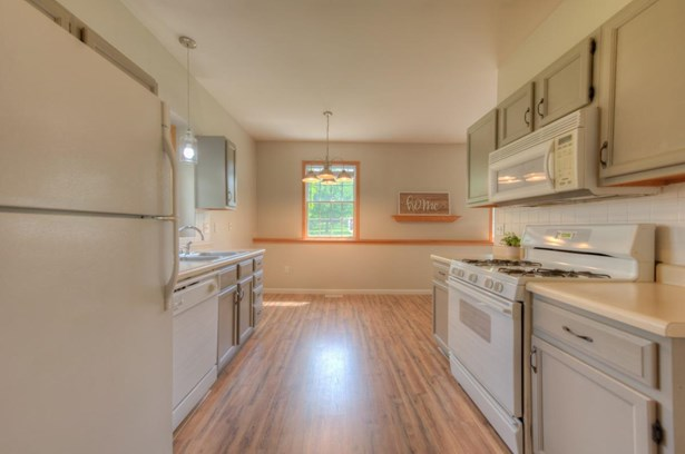 Ranch/1 Sty/Bungalow,Townhome, Condominium - Griffith, IN (photo 2)