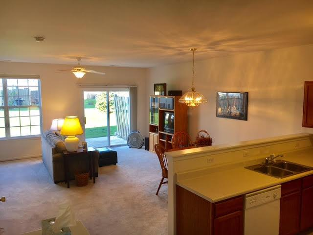 Twnhse/Half Duplex, 2 Story,Townhome - Dyer, IN (photo 2)