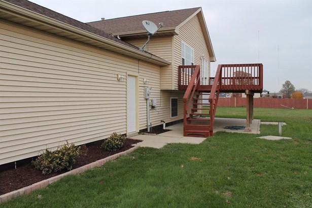 Bi-Level/Raised Lev., Single Family Detach - Portage, IN (photo 3)