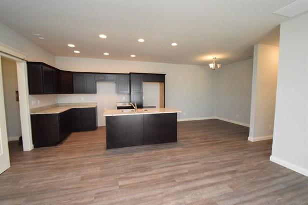 Twnhse/Half Duplex, Ranch/1 Sty/Bungalow - Porter, IN (photo 3)
