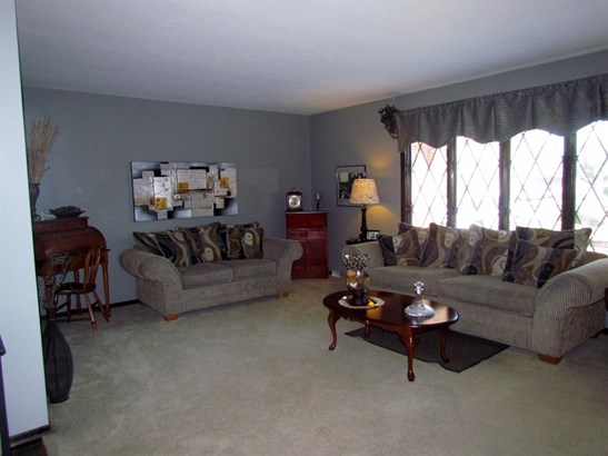 Ranch/1 Sty/Bungalow, Single Family Detach - Highland, IN (photo 3)