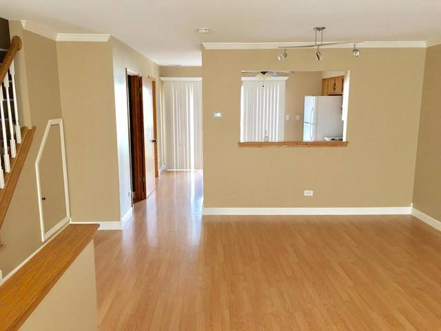 Townhouse-2 Story,Residential Rental - LOCKPORT, IL (photo 2)
