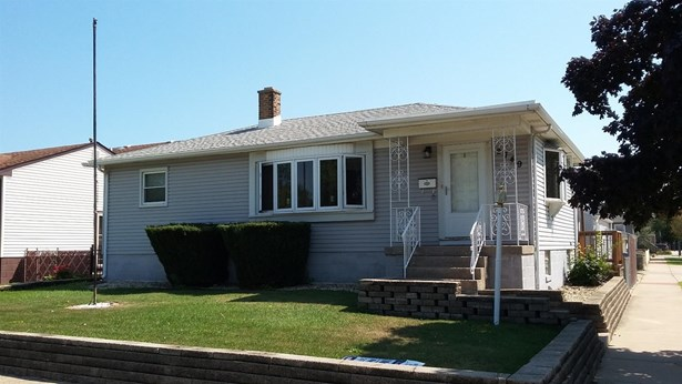 Ranch/1 Sty/Bungalow, Single Family Detach - Whiting, IN