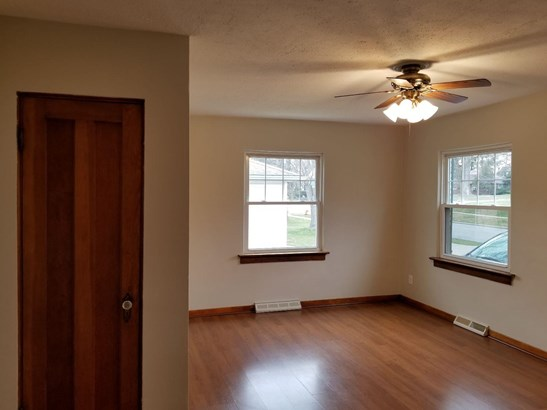 Ranch/1 Sty/Bungalow, Single Family Detach - Hobart, IN (photo 5)