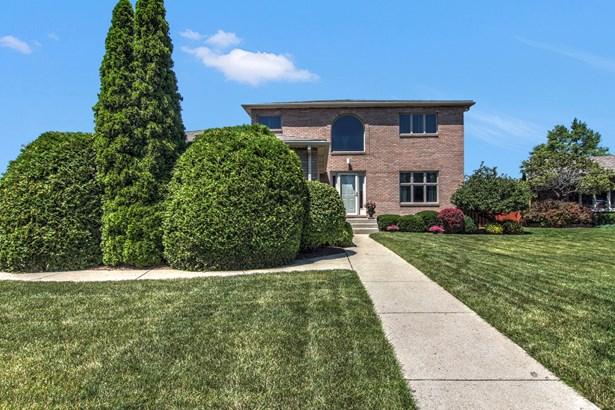 2 Stories, Contemporary - HIGHLAND, IN (photo 2)