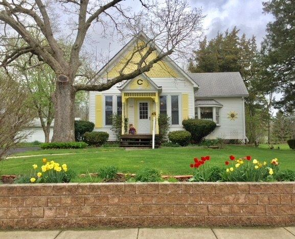 Cottage, Single Family Detach - Lowell, IN (photo 1)