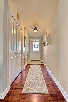 Twnhse/Half Duplex, Townhome - Chesterton, IN (photo 2)