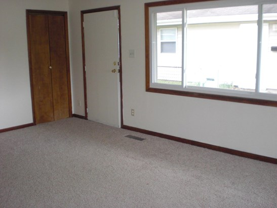 Ranch/1 Sty/Bungalow, Single Family Detach - Hammond, IN (photo 5)