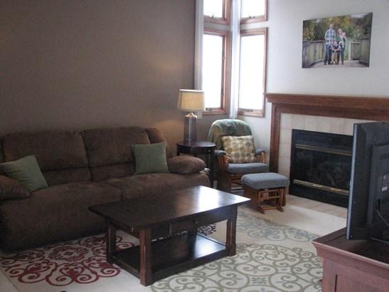 Condominium, 2 Story,Condo - Chesterton, IN (photo 5)
