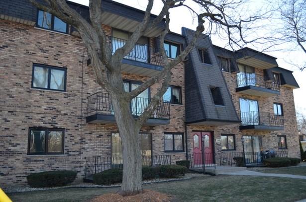 Condo - CHICAGO HEIGHTS, IL (photo 2)