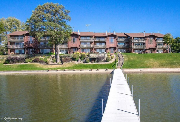Condominium, Condo - Cedar Lake, IN (photo 1)