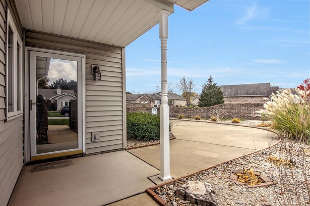 Cluster/Patio,Ranch/1 Sty/Bungalow, Single Family Detach - Hobart, IN (photo 2)