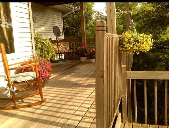 Single Family Detach, 2 Story - Portage, IN (photo 5)