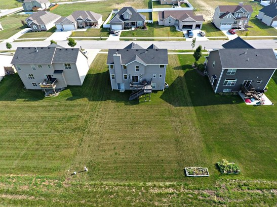 Single Family Detach, 2 Story - Schererville, IN (photo 3)