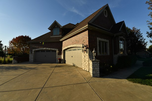 2 Stories - BOURBONNAIS, IL (photo 3)