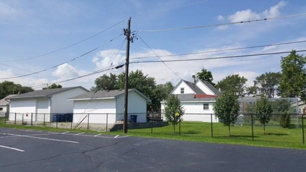 Raised Ranch - STEGER, IL (photo 3)
