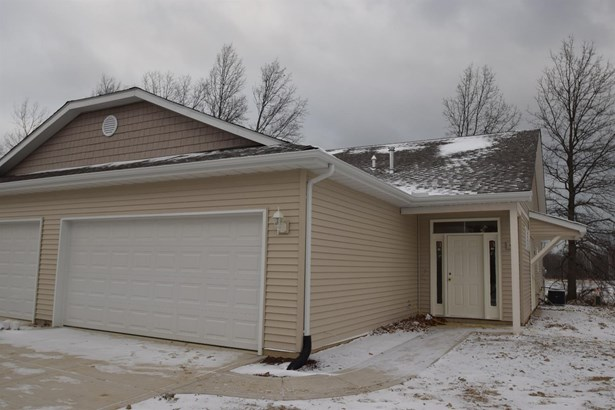 Twnhse/Half Duplex, Ranch/1 Sty/Bungalow - Porter, IN (photo 1)