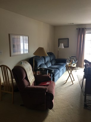 Condominium, Condo - Highland, IN (photo 3)