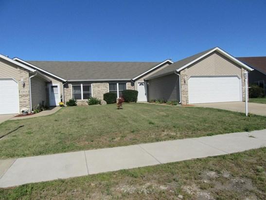 Twnhse/Half Duplex, 1/2 Duplex,Ranch/1 Sty/Bungalow - Hobart, IN (photo 1)