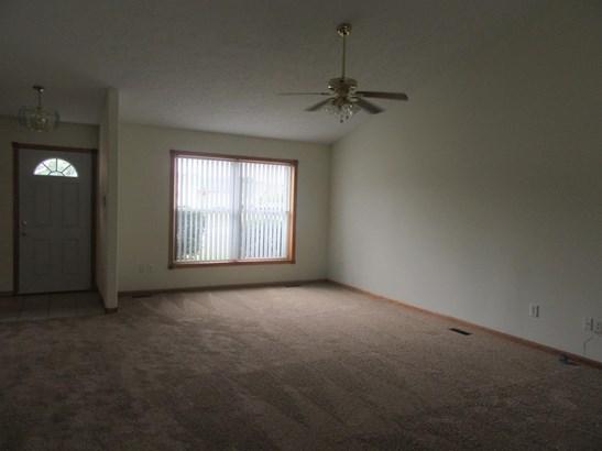 Twnhse/Half Duplex, 1/2 Duplex,Ranch/1 Sty/Bungalow - Hobart, IN (photo 3)