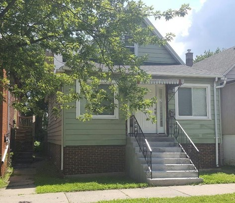 1.5 Sty/Cape Cod, Single Family Detach - Whiting, IN (photo 1)