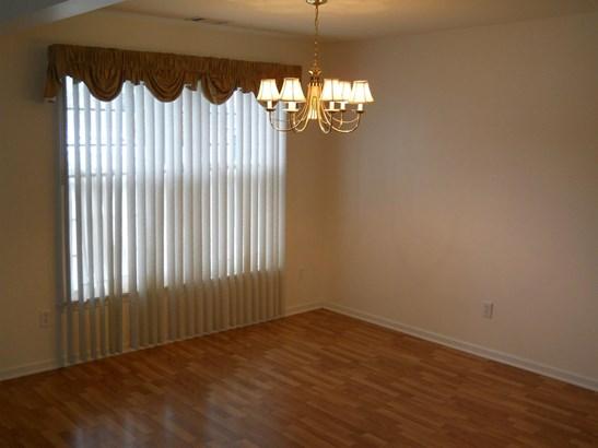 Condominium, Condo - Highland, IN (photo 3)