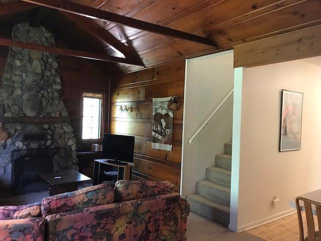 1.5 Sty/Cape Cod,Cottage, Single Family Detach - Michiana Shores, IN (photo 4)