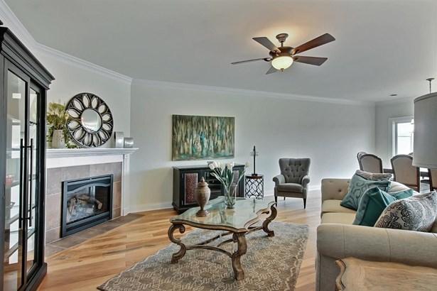 Twnhse/Half Duplex, 1/2 Duplex,Ranch/1 Sty/Bungalow - St. John, IN (photo 4)