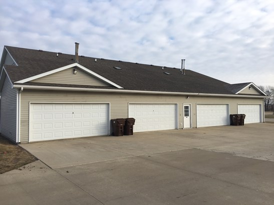 2 Story Unit/S - BOURBONNAIS, IL (photo 2)