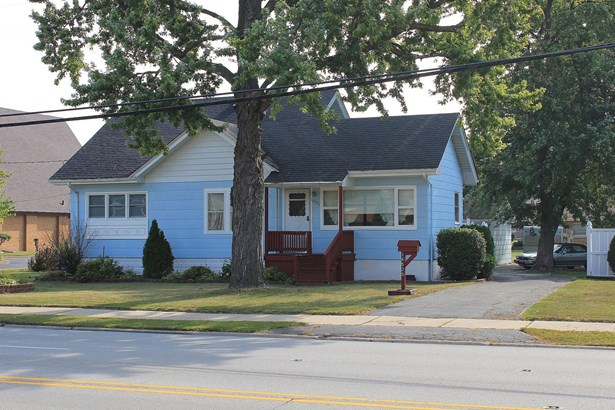 1.5 Story - SOUTH HOLLAND, IL (photo 1)