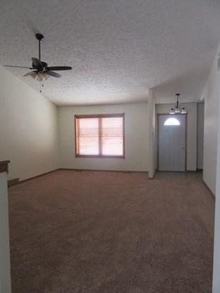 1/2 Duplex - HOBART, IN (photo 2)