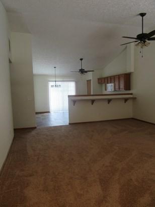 1/2 Duplex - HOBART, IN (photo 4)