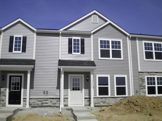 Twnhse/Half Duplex, 2 Story,Townhome - Cedar Lake, IN (photo 1)
