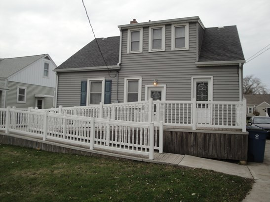1.5 Story - HIGHLAND, IN (photo 2)