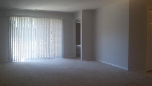 Condominium, Condo - Munster, IN (photo 4)