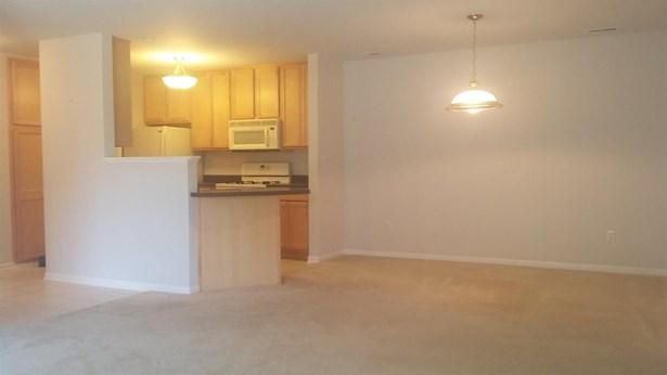 Condominium, Condo - Munster, IN (photo 5)