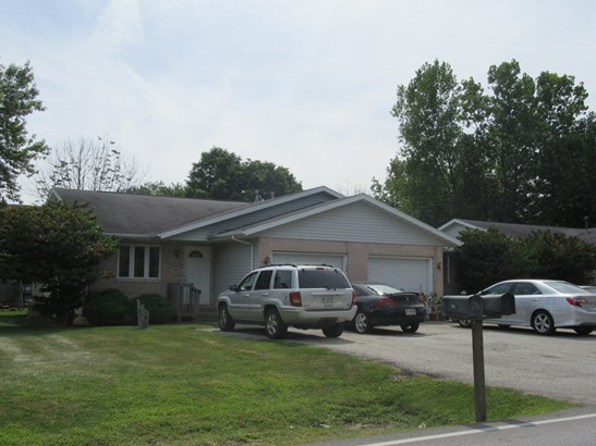 Ranch, 1 Story Unit/S,Duplex Side By Side - CHESTERTON, IN (photo 1)