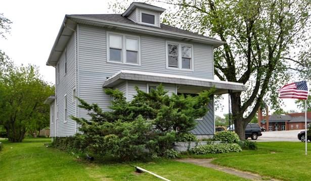 Single Family Detach, 2 Story - Merrillville, IN (photo 5)