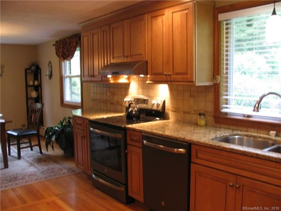 Single Family For Sale, Ranch - Bristol, CT (photo 5)