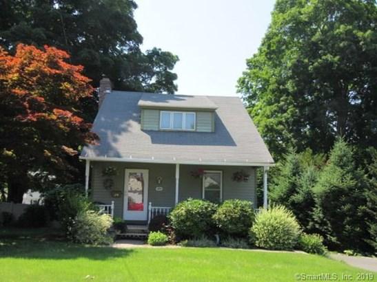 Single Family For Sale, Cape Cod - Berlin, CT