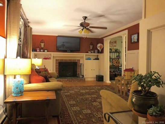 Single Family For Sale, Colonial - Berlin, CT (photo 5)