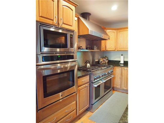 Single Family For Sale, Contemporary,Ranch - West Haven, CT (photo 4)