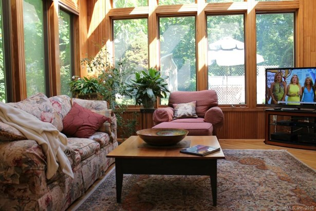 Single Family For Sale, Contemporary,Ranch - Berlin, CT (photo 4)