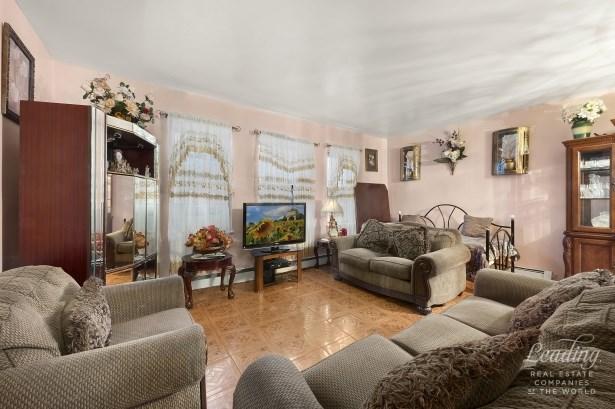 54 Veronica Place 3e 3e, Flatbush, NY - USA (photo 2)