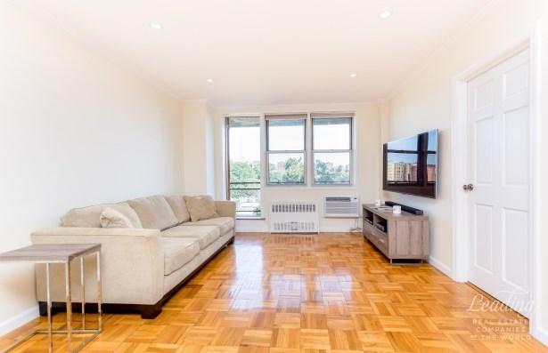 100 Overlook Terrace 313 313, New York, NY - USA (photo 3)